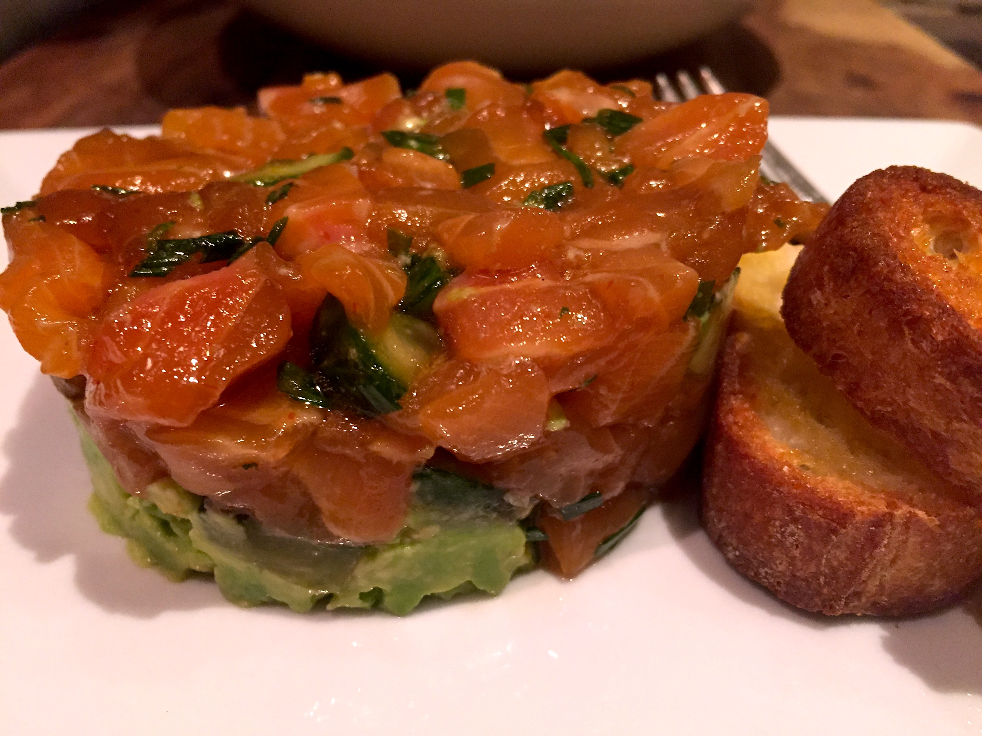Quick and easy salmon tartare